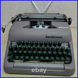 1959 Smith-Corona Sterling typewriter withcase, ribbon. RARE! Very Clean & WORKS