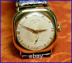 Very Rare Solid 14 Kt Gold, Cushion Case, Original Dial